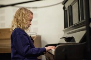 10_Meimi ja piano